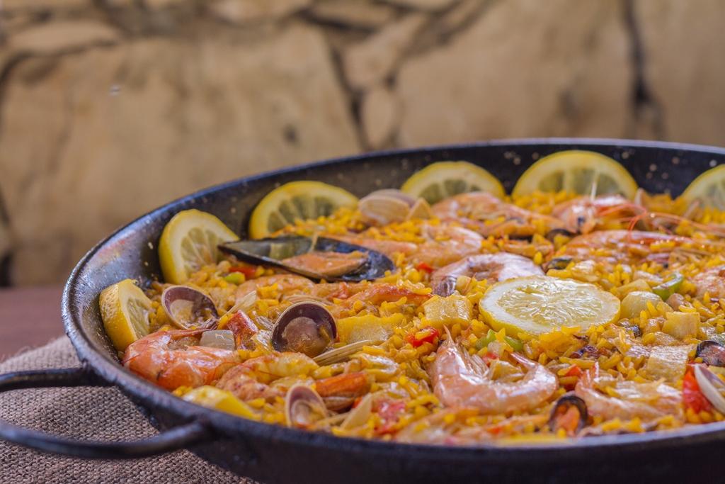 Restaurants With Food Specials In Santa Maria